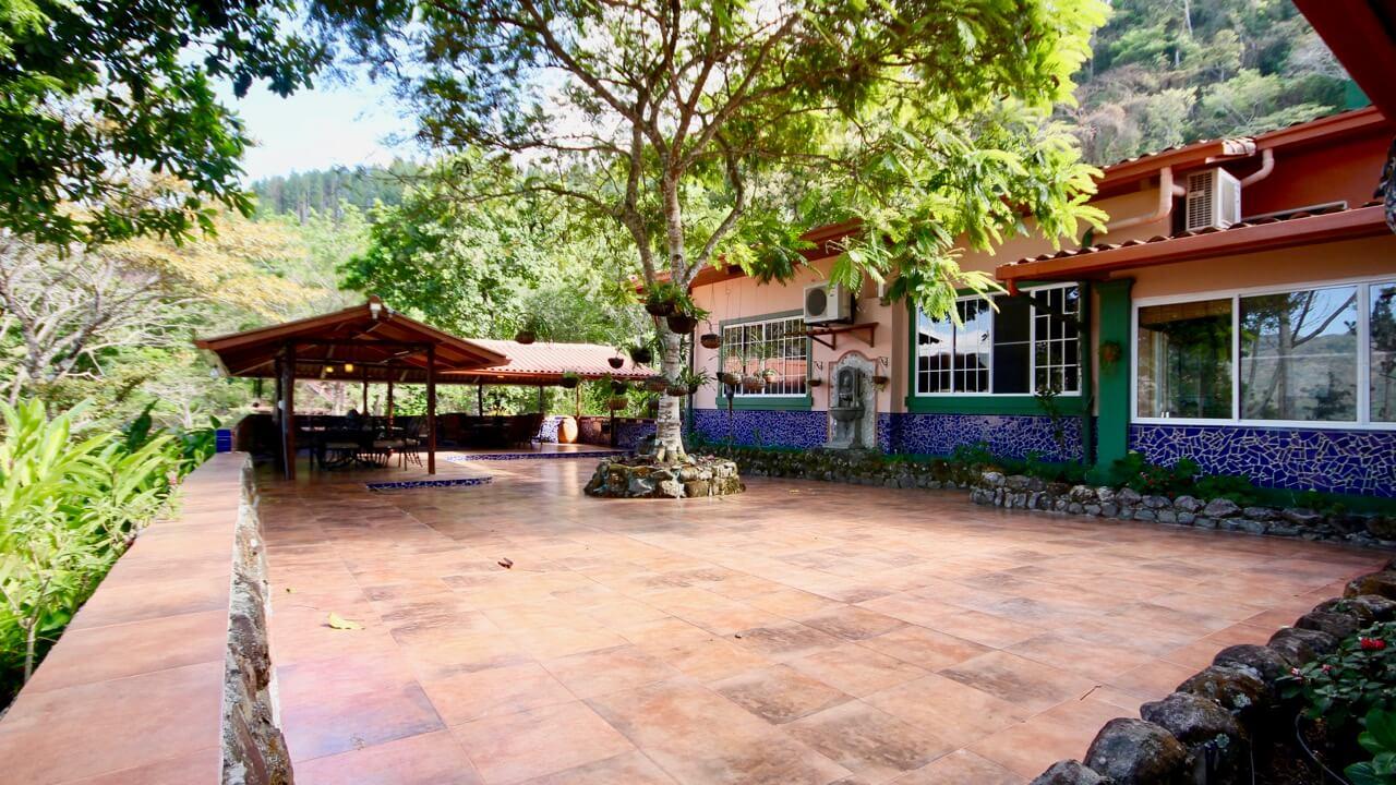 Altos del Maria - La villa de piedra