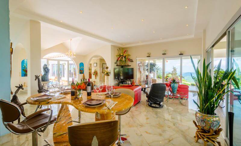 Splendid villa to buy in Sora Panama
